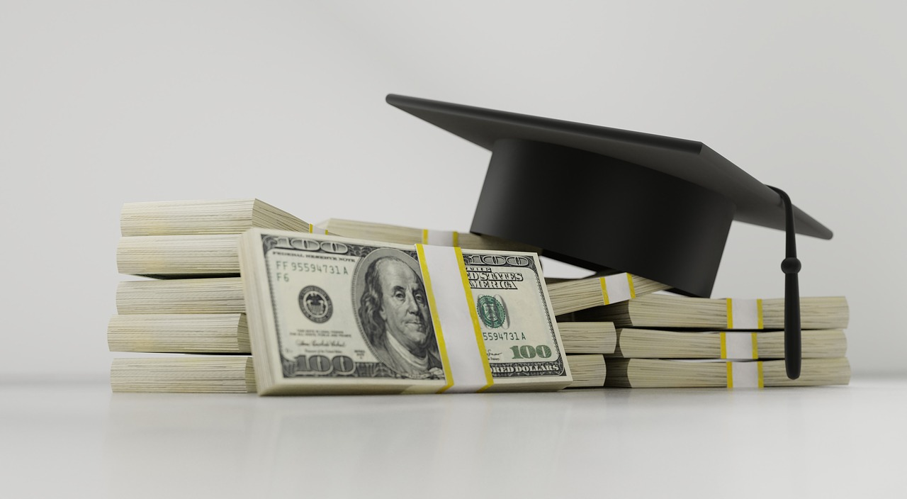 18 Percent of Tech Workers Have $100,000 or More in Student Debt